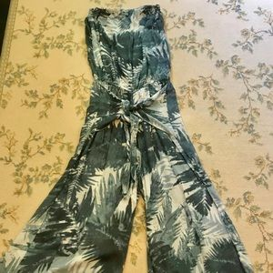 Strapless jumpsuit with tie front